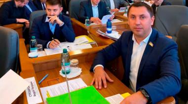 Законопроекти про внесення змін до ЗУ «Про столицю України — місто-герой Київ»