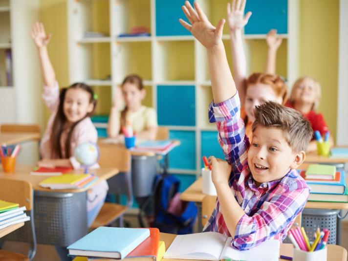 1 вересня навчальний процес у школах почнеться у звичному режимі, але із дотриманням протиепідемічних заходів» — нардеп Андрій Стріхарський
