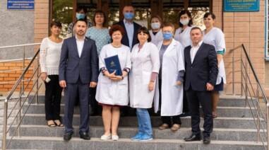Андрій Стріхарський нагородив лікарів Черкащини почесними грамотами