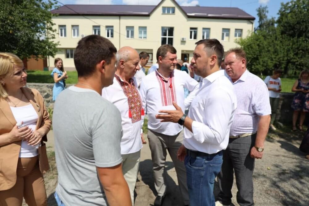 Нардеп Стрихарский рассказал о поездке «слуг» в Черкасскую область