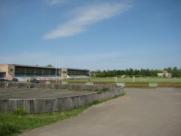 Депутат Стріхарський сприяє капітальному ремонту стадіону в Городищах.